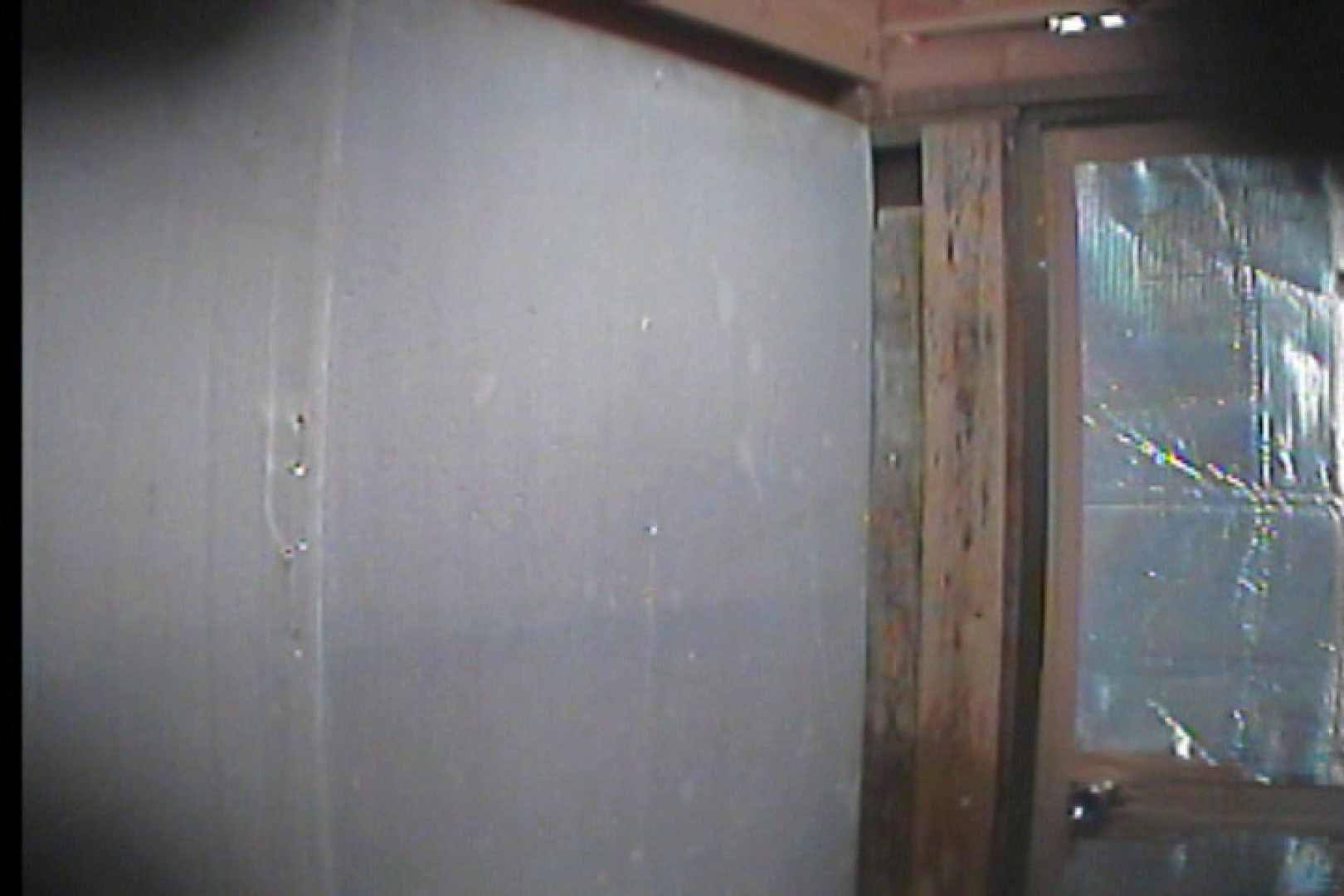 アダルトエロ動画|海の家の更衣室 Vol.55|怪盗ジョーカー