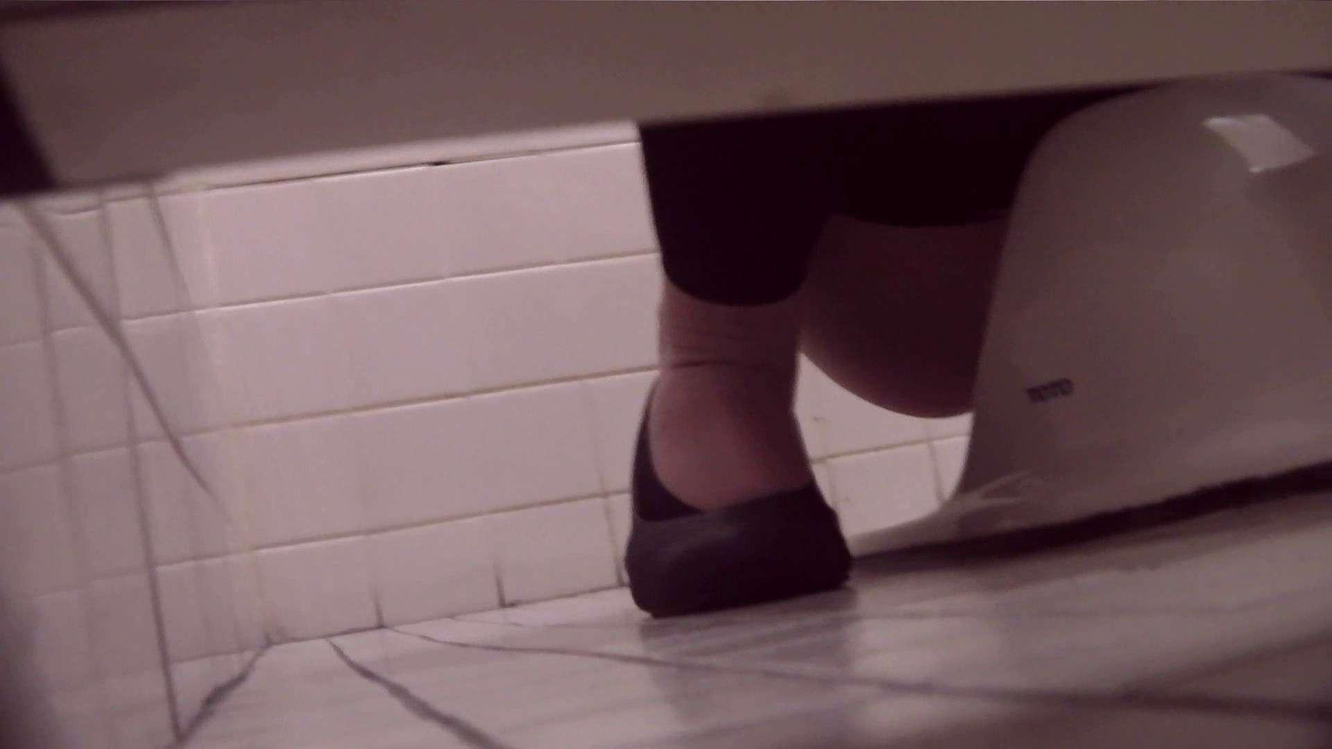 アダルトエロ動画|お銀さんの「洗面所突入レポート!!」Nol.17|怪盗ジョーカー