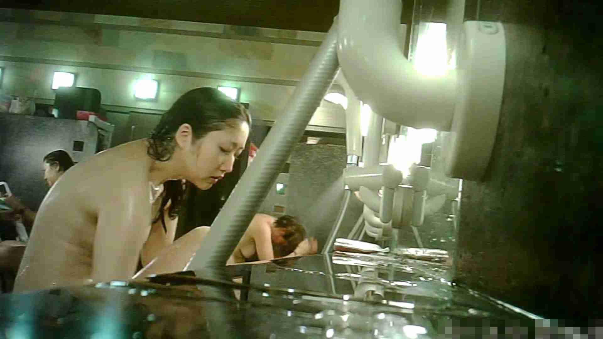 アダルトエロ動画|手を染めてしまった女性盗撮師の女風呂潜入記 vol.010|のぞき本舗 中村屋