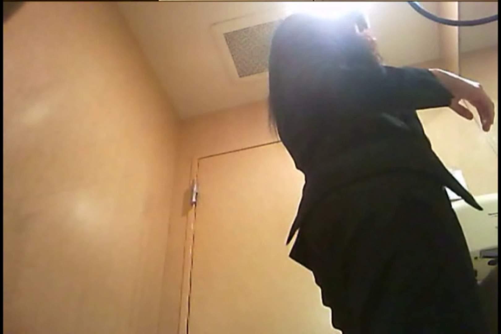 潜入!!女子化粧室盗撮~絶対見られたくない時間~vo,95