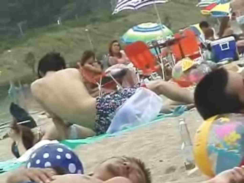 浜辺の極上水着ギャルウォッチング